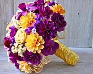Farebná svadobná kytica z dreva