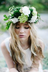svadobný účes s kvetmi 10