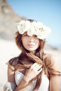 svadobný účes s kvetmi 2