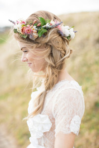 svadobný účes s kvetmi 9