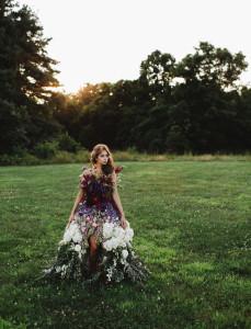 Šaty vyrobené z kvetov