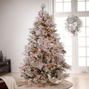 Vianočný stromček bielo-strieborno-zlatý
